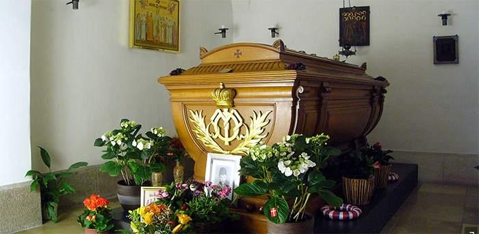 Что кладут в гроб